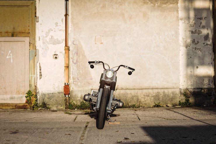 bmw r80st motorbike 14 740x493 - Urban Motor BMW R80 ST