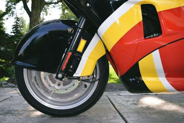 buell rr1200 battletwin motorcycle 11 740x493 - 1988 Buell RR1200 Battletwin