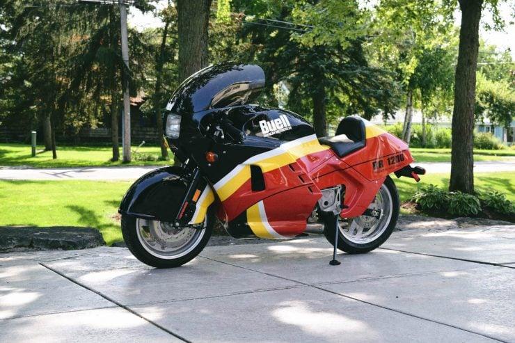 buell rr1200 battletwin motorcycle 5 740x493 - 1988 Buell RR1200 Battletwin