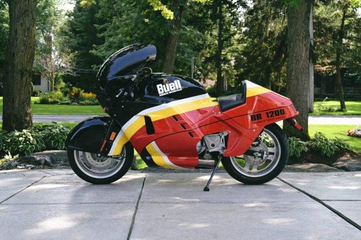 buell rr1200 battletwin motorcycle 6 740x493 - 1988 Buell RR1200 Battletwin
