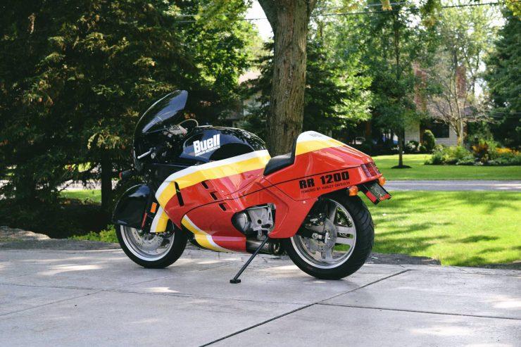 buell rr1200 battletwin motorcycle 7 740x493 - 1988 Buell RR1200 Battletwin