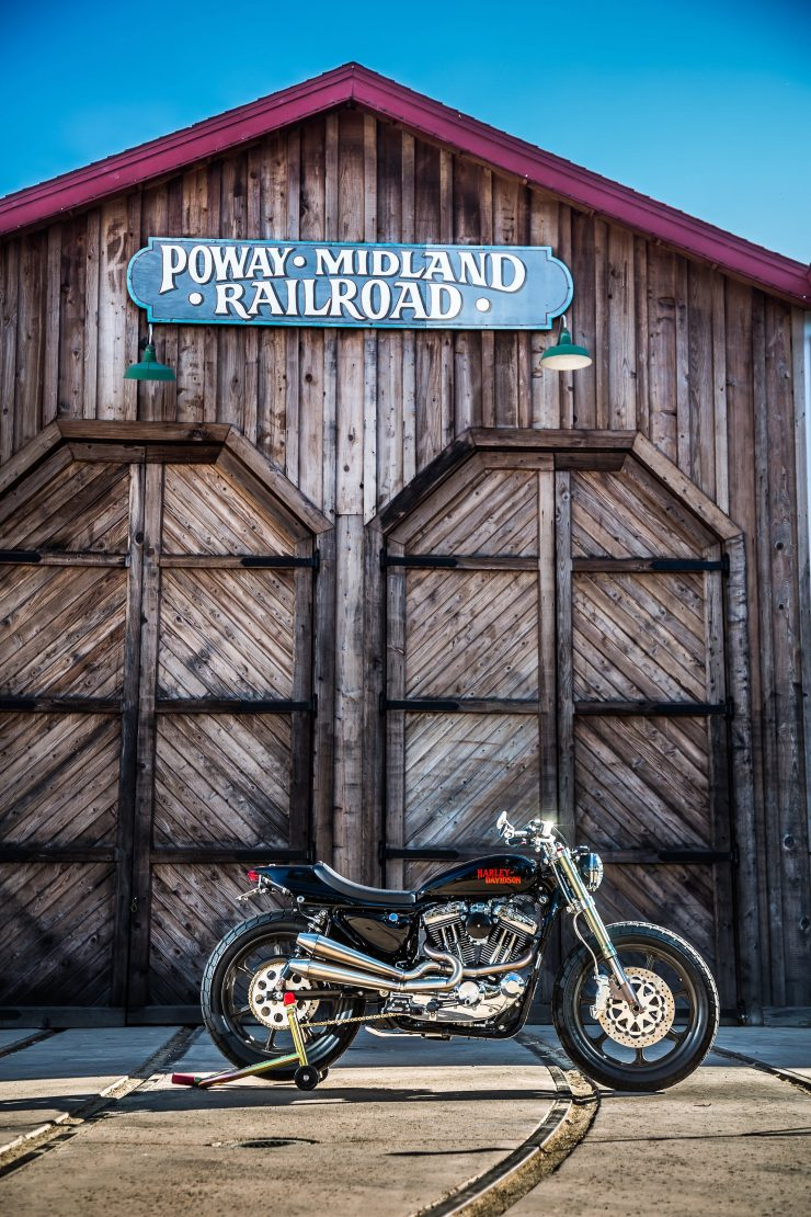 harley davidson tracker motorbike 1 740x1110 - Mule Motorcycles - The Midnight Express Harley Tracker