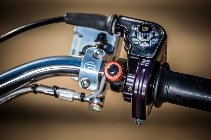 harley davidson tracker motorbike 14 740x493 - Mule Motorcycles - The Midnight Express Harley Tracker