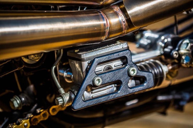 harley davidson tracker motorbike 19 740x493 - Mule Motorcycles - The Midnight Express Harley Tracker