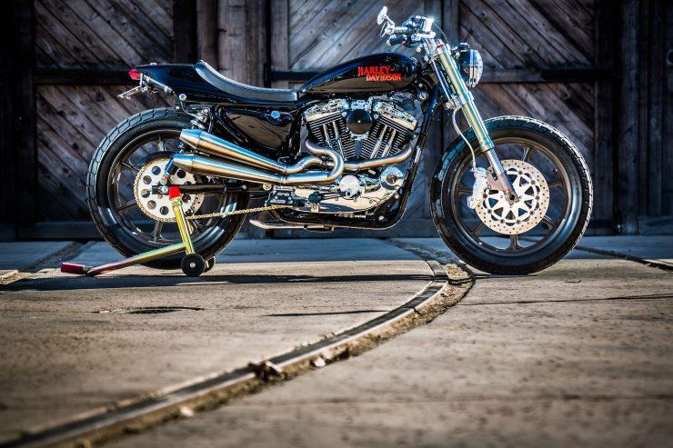 harley davidson tracker motorbike 2 740x493 - Mule Motorcycles - The Midnight Express Harley Tracker