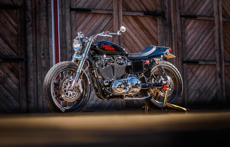 harley davidson tracker motorbike 20 740x473 - Mule Motorcycles - The Midnight Express Harley Tracker