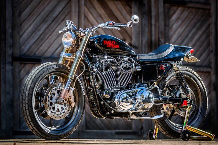 harley davidson tracker motorbike 22 740x493 - Mule Motorcycles - The Midnight Express Harley Tracker