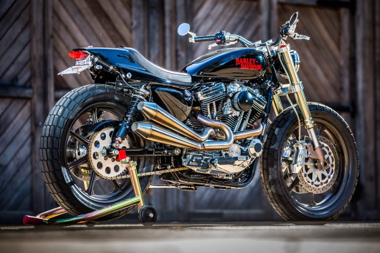 harley davidson tracker motorbike 3 740x493 - Mule Motorcycles - The Midnight Express Harley Tracker