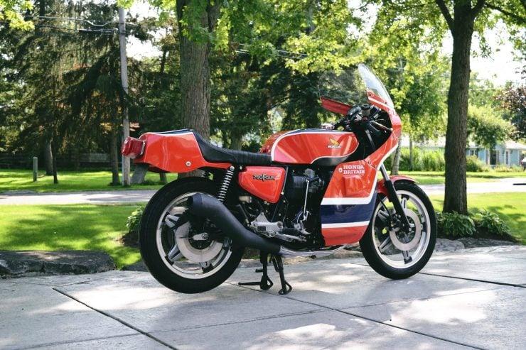 honda cb750 motorbike 1 740x493 - Rare Original Honda CB750 Phil Read Replica