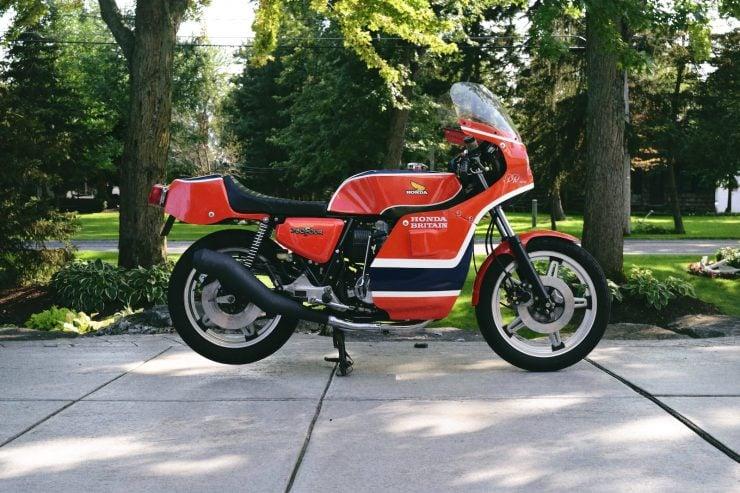 honda cb750 motorbike 4 740x493 - Rare Original Honda CB750 Phil Read Replica