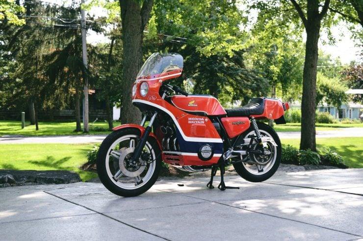 honda cb750 motorbike 5 740x493 - Rare Original Honda CB750 Phil Read Replica