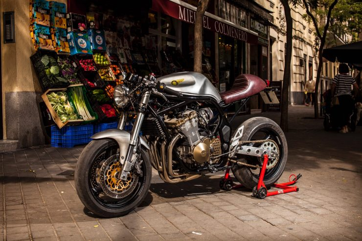 suzuki bandit 600 motorcycle 1 740x493 - XTR Pepo Suzuki Bandit 600