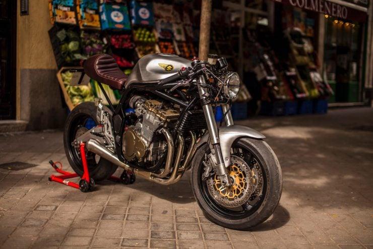 suzuki bandit 600 motorcycle 12 740x493 - XTR Pepo Suzuki Bandit 600
