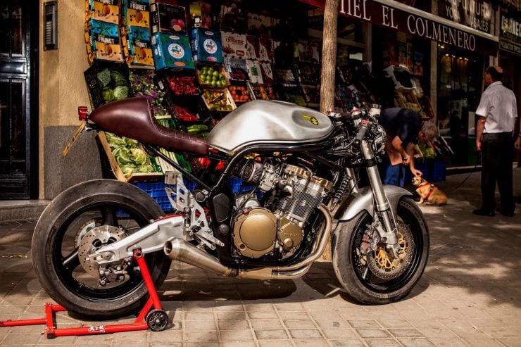 suzuki bandit 600 motorcycle 19 740x493 - XTR Pepo Suzuki Bandit 600