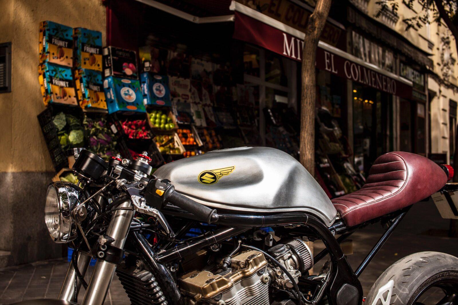 suzuki bandit 600 motorcycle 2 1600x1067 - XTR Pepo Suzuki Bandit 600