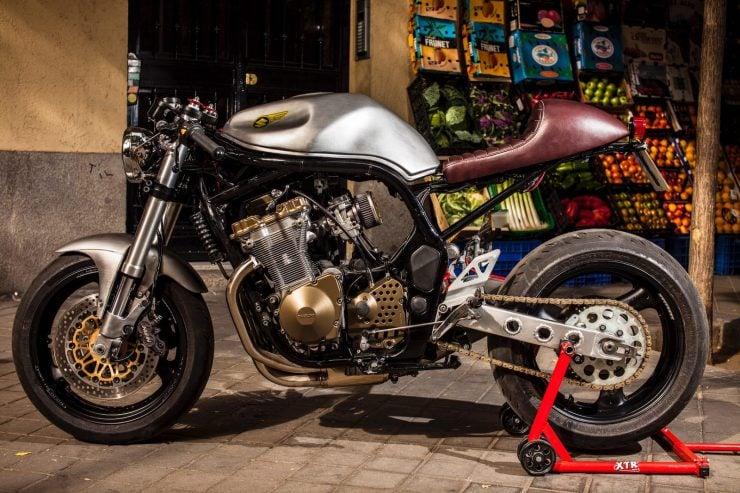 suzuki bandit 600 motorcycle 3 740x493 - XTR Pepo Suzuki Bandit 600
