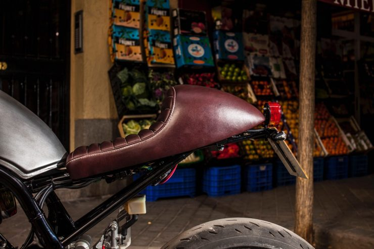 suzuki bandit 600 motorcycle 5 740x493 - XTR Pepo Suzuki Bandit 600