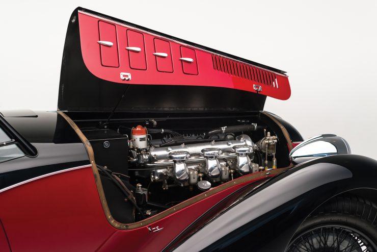 Alfa Romeo 6C 2500 4 740x494 - 1942 Alfa Romeo 6C 2500 SS Spider