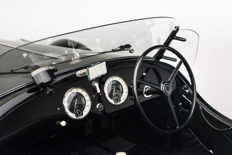 Alfa Romeo 6C 2500 8 740x494 - 1942 Alfa Romeo 6C 2500 SS Spider