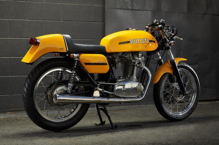 Ducati 450 Desmo 17 740x493 - 1974 Ducati 450 Desmo MK 3