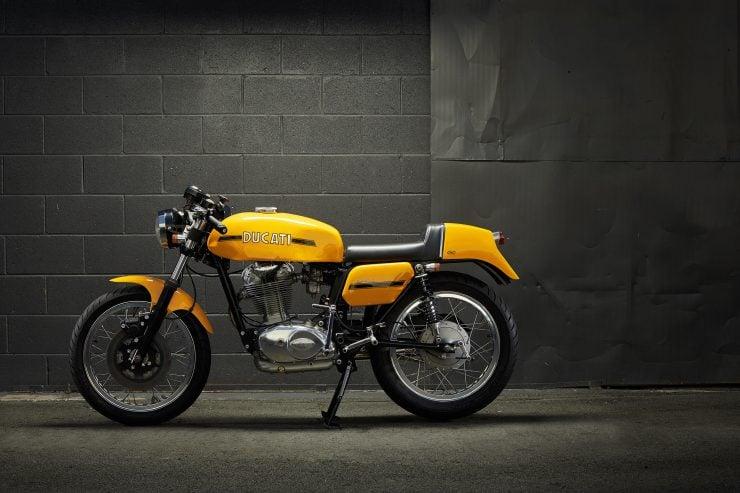 Ducati 450 Desmo 8 740x493 - 1974 Ducati 450 Desmo MK 3