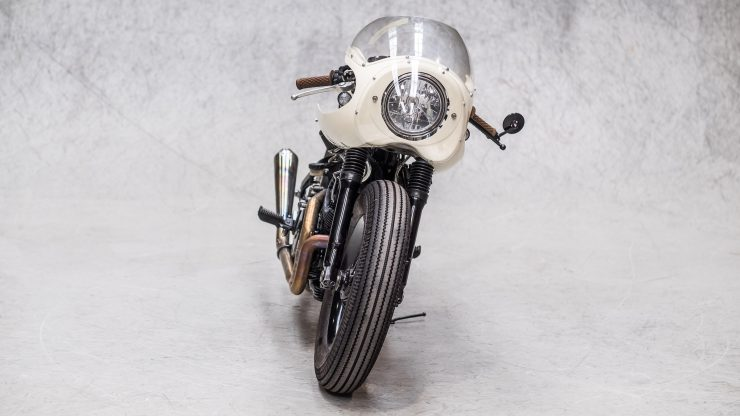Moto Adonis Yamaha TR1 Cafe Racer 13 740x416 - Moto Adonis Yamaha TR1 Cafe Racer