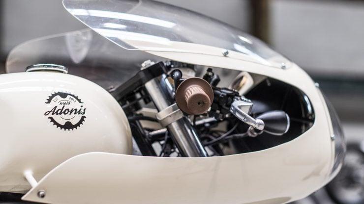 Moto Adonis Yamaha TR1 Cafe Racer 3 740x416 - Moto Adonis Yamaha TR1 Cafe Racer