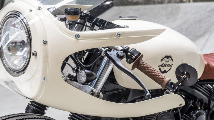 Moto Adonis Yamaha TR1 Cafe Racer 9 740x416 - Moto Adonis Yamaha TR1 Cafe Racer