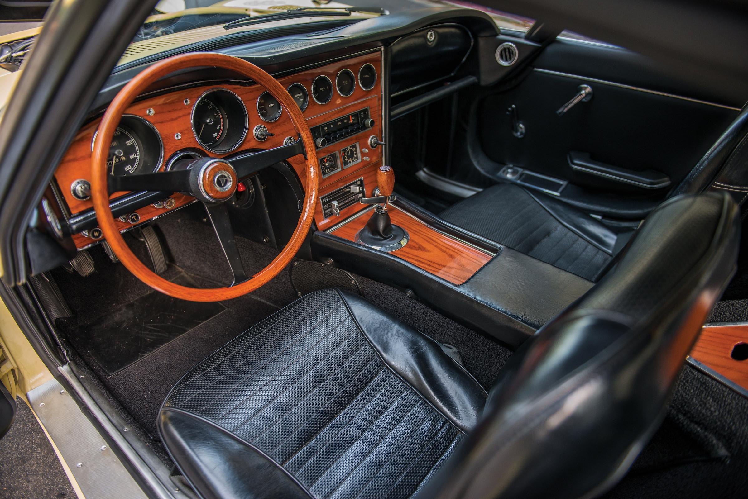 The Rare Toyota 2000gt