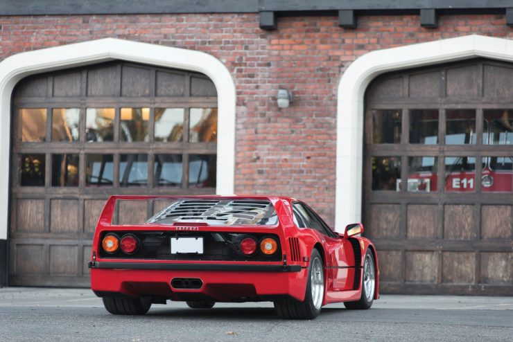 ferrari f40 car 12 740x494 - 1990 US-Spec Ferrari F40