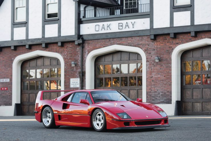 ferrari f40 car 24 740x494 - 1990 US-Spec Ferrari F40