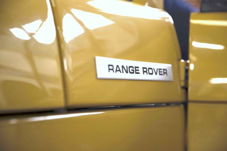 range rover classic 2 740x493 - 1973 Range Rover Classic