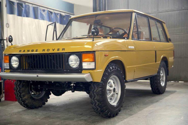 range rover classic 20 740x493 - 1973 Range Rover Classic