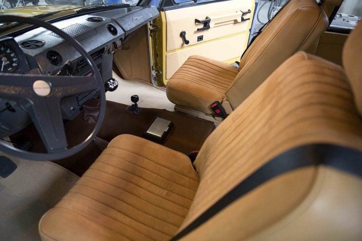 range rover classic 23 740x493 - 1973 Range Rover Classic