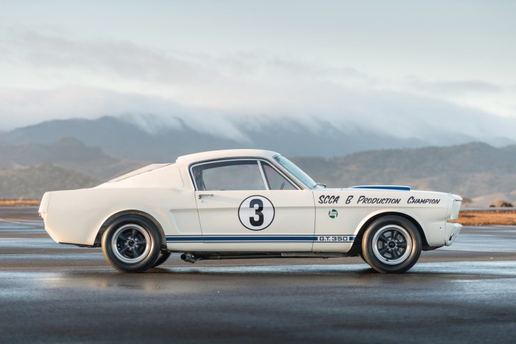 shelby mustang gt350 r car 9 740x494 - Cobra Caravan Survivor: 1965 Shelby GT350 R