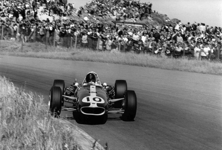 Dan Gurney Eagle F1 740x500 - Documentary - Dan Gurney: Renaissance Man of Motorsports