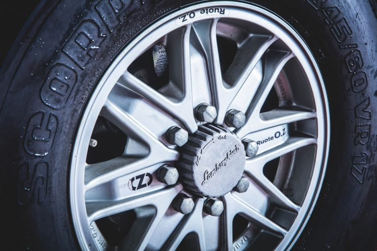 Lamborghini LM002 4x4 Wheel