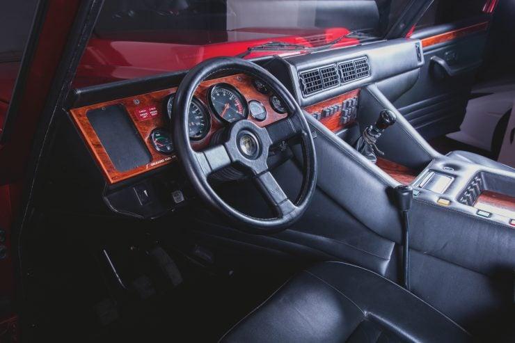 Lamborghini LM002 4x4 Car Dash