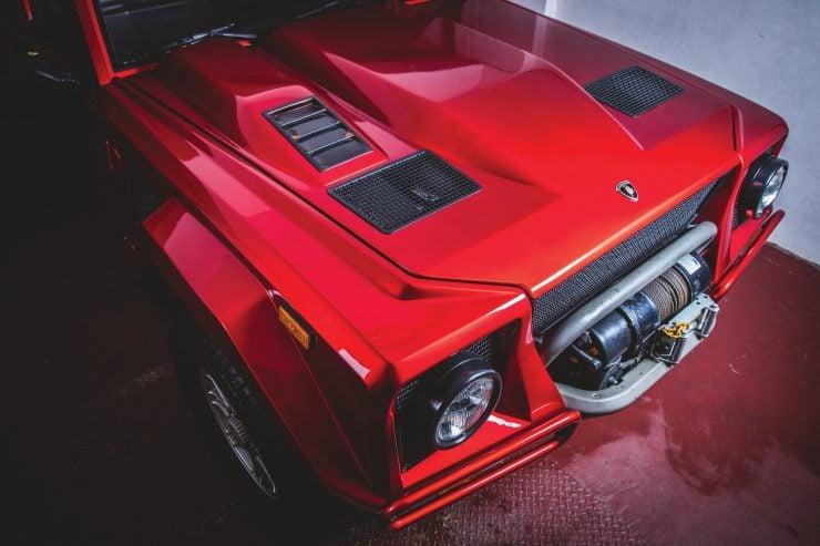 Lamborghini LM002 4x4 Car Hood
