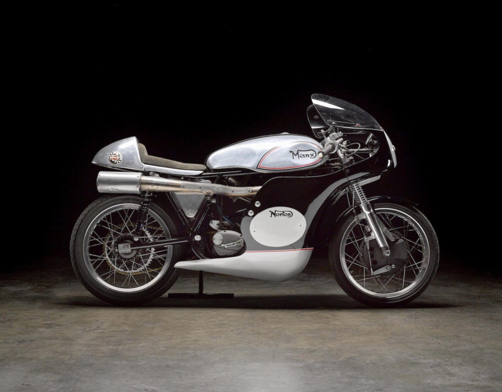 Norton Petty Molnar Manx Road Racer 1600x1250 - 1962 Norton Petty-Molnar Manx Road Racer