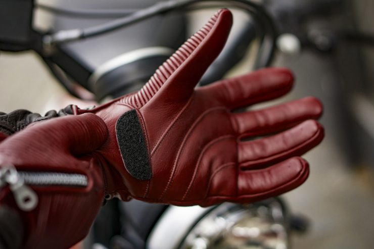 Sakura Motorcycle Gloves by 78 Motor Co. 2 740x493 - Sakura Motorcycle Gloves by 78 Motor Co.