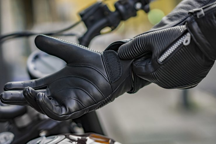 Sakura Motorcycle Gloves by 78 Motor Co. 3 740x493 - Sakura Motorcycle Gloves by 78 Motor Co.