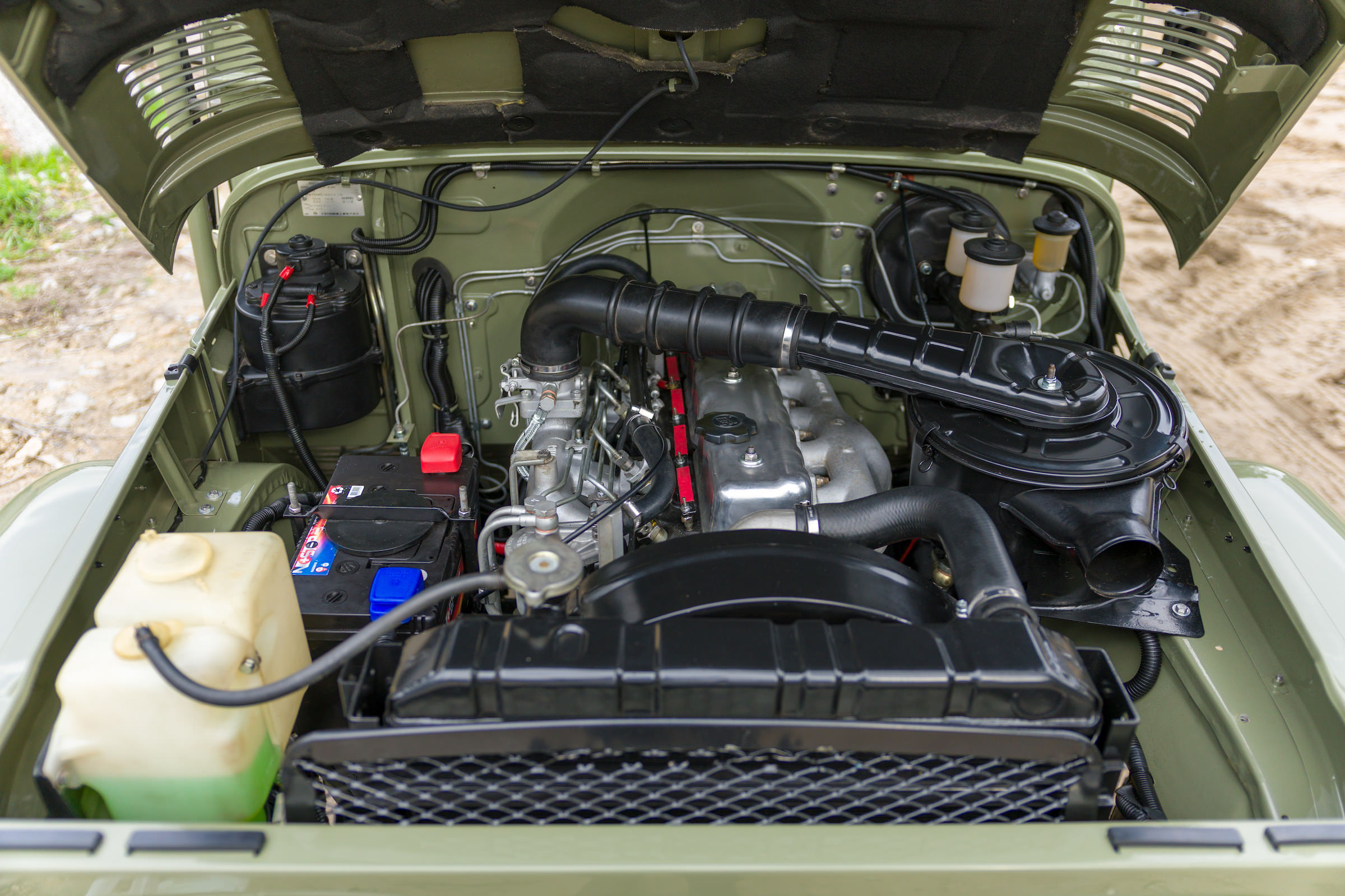 1978 Toyota Land Cruiser Hj45 Long Bed Pick Up Truck Engine