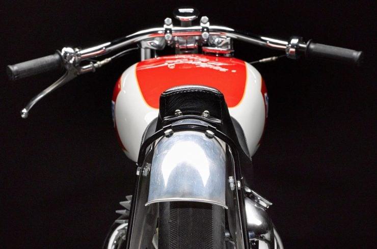 Triumph Bonneville Motorcycle 2 740x489 - 1951 Triumph 6T Thunderbird - Salt Flat Racer