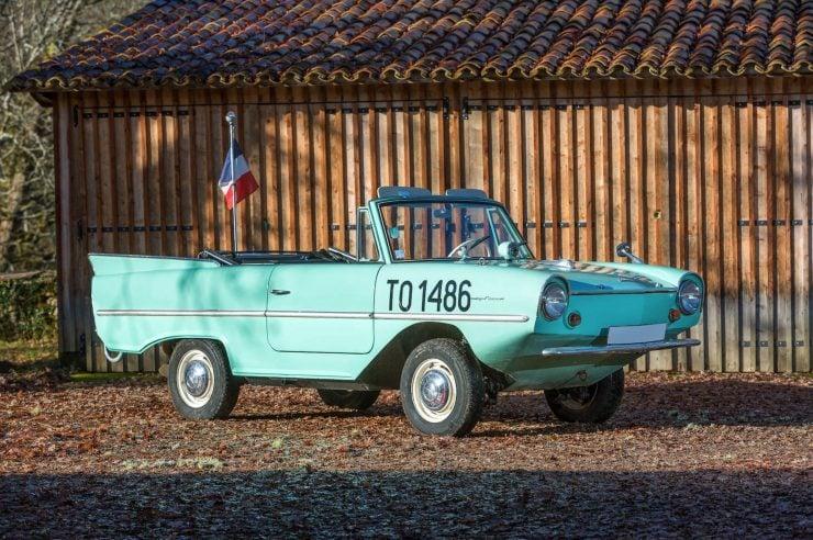 amphibious classic car amphicar 740x492 - An Amphibious Classic: The 1963 Amphicar 770