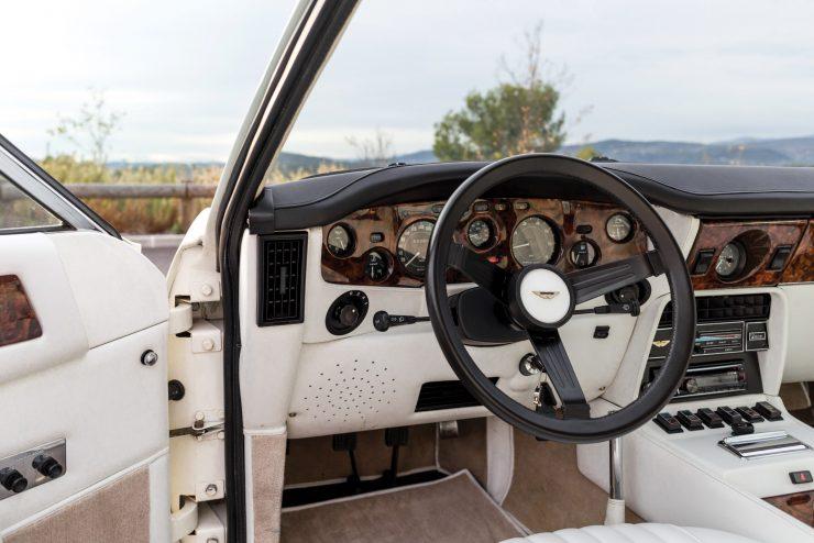 aston martin v8 vantage 22 740x494 - Britain's First Supercar: The Aston Martin V8 Vantage