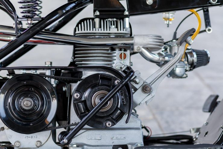 cushman motor scooter 5 740x493 - American Icon: The 1955 Cushman Eagle