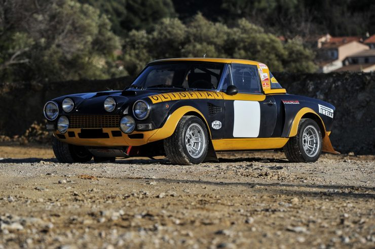 fiat 124 abarth 12 740x492 - Ex-Works 1975 Fiat Abarth 124 Rallye Group 4 Spider
