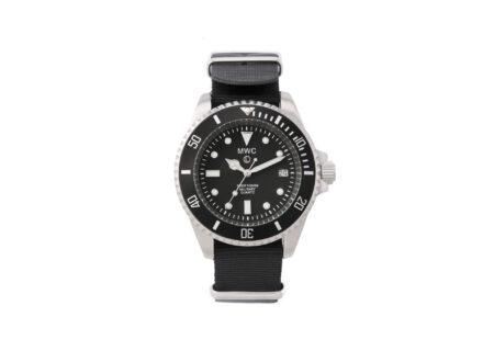 gvuweut37u mwc watches mwc 300m 1000ft 0 original 450x330 - MWC Dive Watch