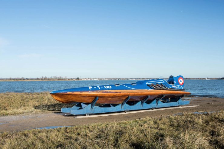hispano suiza v12 vintage wooden hydroplane 1 740x492 - 36 Litre Hispano-Suiza V12 Powered Hydroplane
